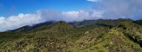 Sendero de Monte Escuro a Pico da Vela Isla San Miguel Azores Portugal 06