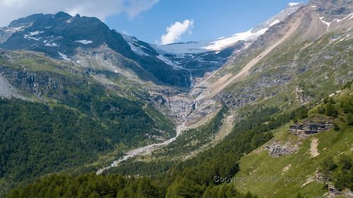 Schweiz, Graubünden, Alp Grüm (RhB Station)