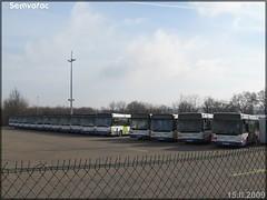 Renault R 312 – Veolia Transport Roanne / STAR (Service de Transports de l'Agglomération Roannaise) & Renault Agora S – Veolia Transport Roanne / STAR (Service de Transports de l'Agglomération Roannaise)