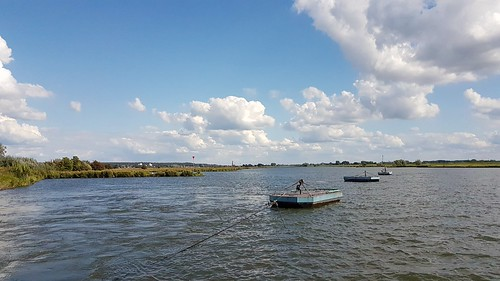 De Rijn bij Elst.