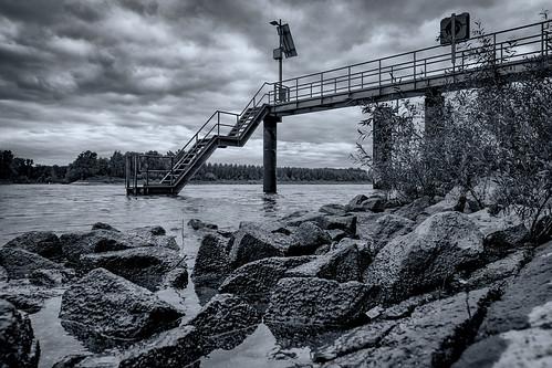 Down by the Rhine | SONY ⍺7RII & Sigma 1.4/24 Art