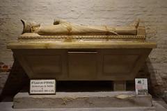 2686 Crypte de la Collégiale Notre-Dame-et-Saint-Laurent