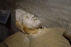 2687 Crypte de la Collégiale Notre-Dame-et-Saint-Laurent