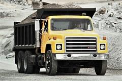 1986 International Medium S-Series Dump Truck
