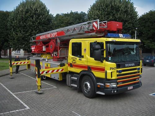 Scania 94G 310