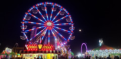 Image by SCA_Chimera (47918138@N03) and image name 09-13-19_200629 Navajo County Fair Ferris Wheel and Full Moon photo