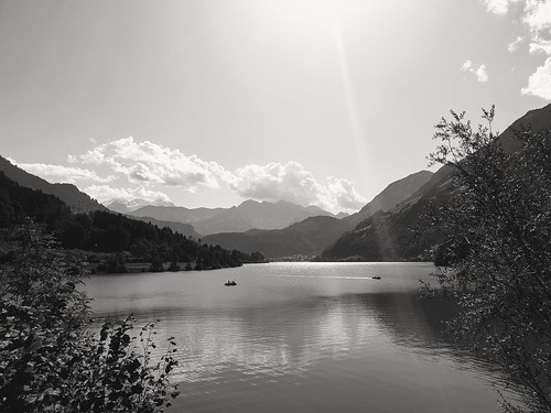 Lake Lungeren Switzerland