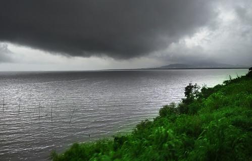 Cloud kissed Mumbai