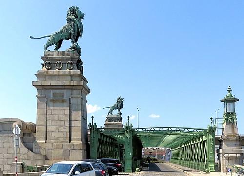 Wien - Am Brigittenauer Sporn 7 b