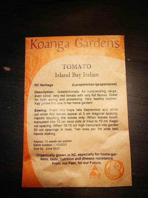 Island Bay tomato seeds belonging to shiny