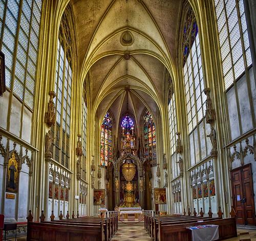 Votivkirche ...