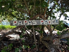 Papa's Peace sign, Grand Caymans