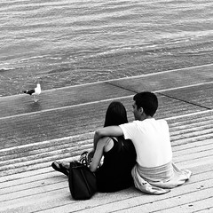 Couple seing the Tagus River (2019)