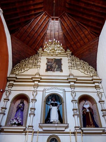 Guimar (Tenerife-España). Iglesia del Ex convento de Santo Domingo. Retablo lado Epístola