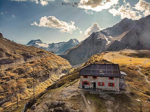 Rifugio Città di Busto - Alta Val Formazza (Italy)