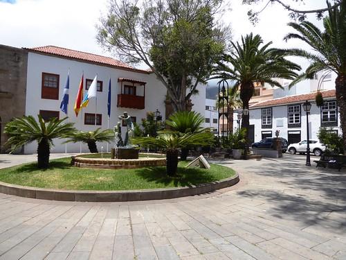 Guimar (Tenerife-España). Plaza del Ayuntamienro