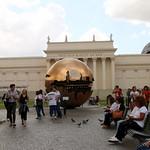 La sfera nella sfera...Giardini Vaticani - https://www.flickr.com/people/78644973@N05/