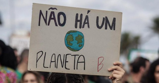 Greve pelo Clima tem protesto no Rio de Janeiro nesta sexta (20)
