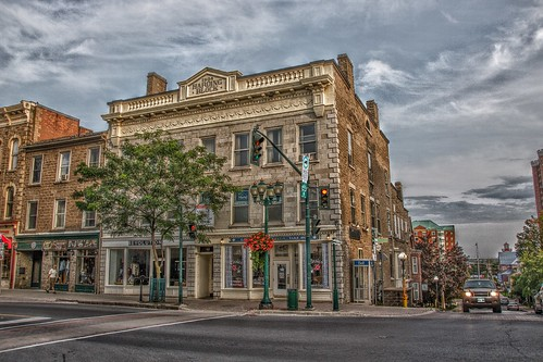 Brockville Ontario - Canada - The Harding Block 1904 - 45 King St East -  Heritage Building - Architecture