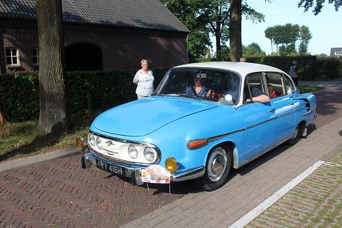 1970 Tatra 603 arriving at the bird sanctuary