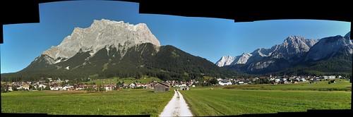 Ehrwald, Tirol, mit Zugspitze