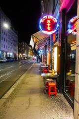 Berlin, Rosenthalerstraße in der nacht.