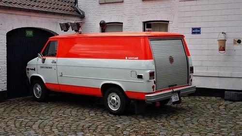 Chevy Van V8