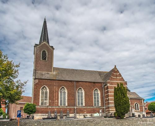 Zuurbemde, Sint-Catharinakerk.