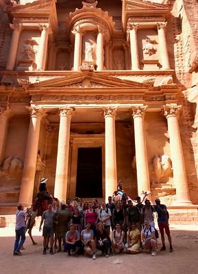 Groepsfoto bij Petra