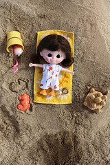Sandy goes to the beach