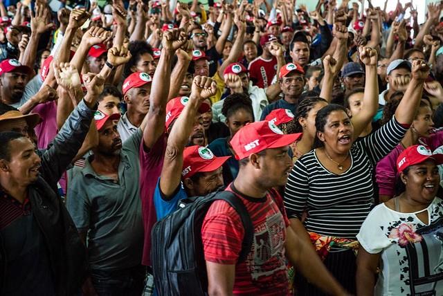 MST está realizando acampamento permanente em defesa do Centro Paulo Freire - Créditos: Matheus Alves