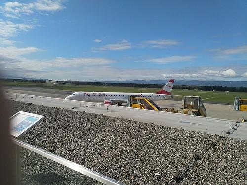 Austrian (OS253 - Embraer ERJ-195LR) am Flughafen Graz