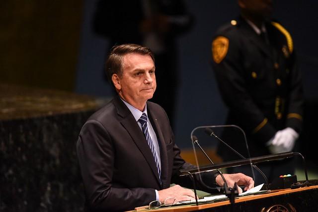 Brasil de Bolsonaro, na ONU, não tem queimadas, desemprego nem violência