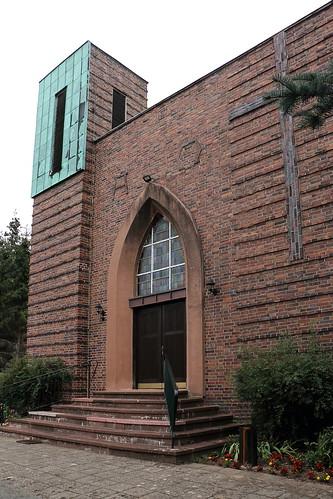 Klötze, Kirche St. Joseph, Alpha und Omega