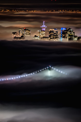 Is TBT still a thing?🤔 Anyways, here's a shot from earlier this year when the city was blanketed in fog. What a sight to see!😍 #fogcouver
