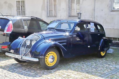 Peugeot 402 1935-1942 18.8.2019 1897