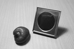 Photo frame and conker