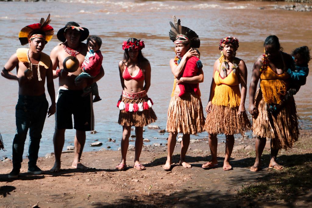Com a morte do rio Paraopeba, em Brumadinho, indígenas pedem realocação de território