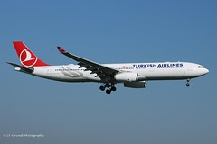 TC-LOA_A333_Turkish Airlines_-