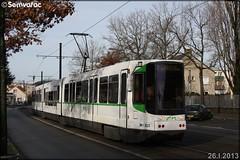 Alsthom TFS (Tramway Français Standard) – Semitan (Société d'Économie MIxte des Transports en commun de l'Agglomération Nantaise) / TAN (Transports en commun de l'Agglomération Nantaise) n°323