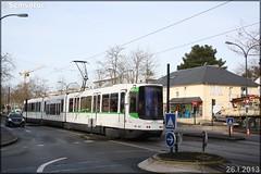 Alsthom TFS (Tramway Français Standard) – Semitan (Société d'Économie MIxte des Transports en commun de l'Agglomération Nantaise) / TAN (Transports en commun de l'Agglomération Nantaise) n°321