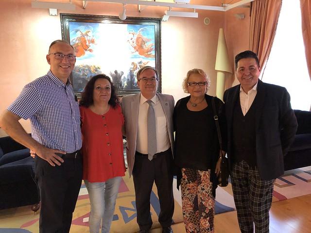Visita de la Academia de las artes del folklore y la jota de Aragón
