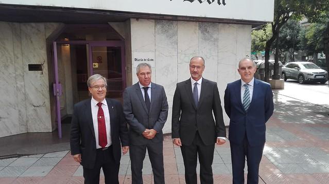 Conferencia en León con el Procurador del Común