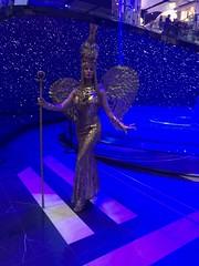 egyptian goddess human statue