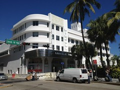 Lincoln Theeater Restoration and Conversion to H&M Lincoln Road Mall