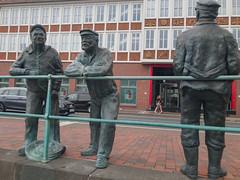 Delftspucker Statuen in Emden, Deutschland