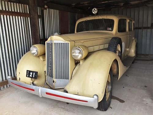 1935 Packard Eight ambulance - Mudgee District (1)