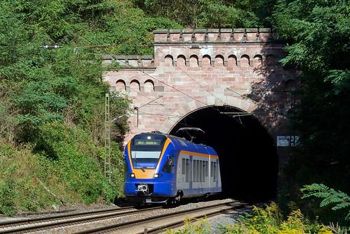 Cantus treinstel 427 - RB 24083 Göttingen - Bebra  - Oberrieden (+4 minuten)