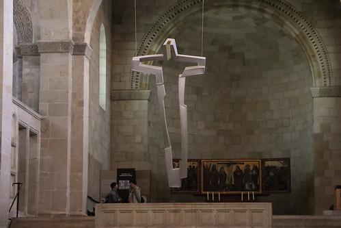 Altarkreuz, Aluminium und Gold, Thomas Leu, 2006