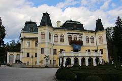 2019, Burgen- u Schlösserfahrt Slowakei, 7.Tag, Eishöhle Dobsinska, Schloss Betliar, Rosenau